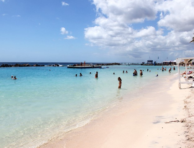 mambo beach - sea aquarium beach curacao - mooiste stranden