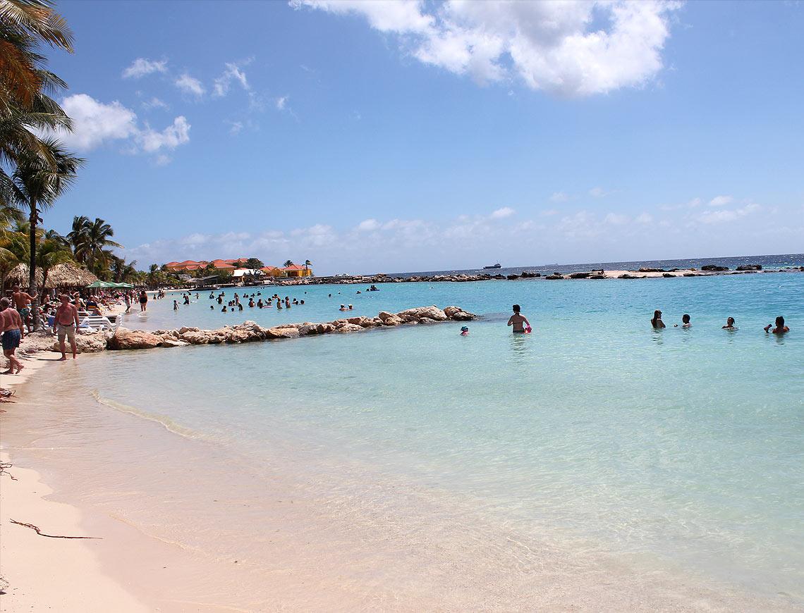 mambo beach curacao