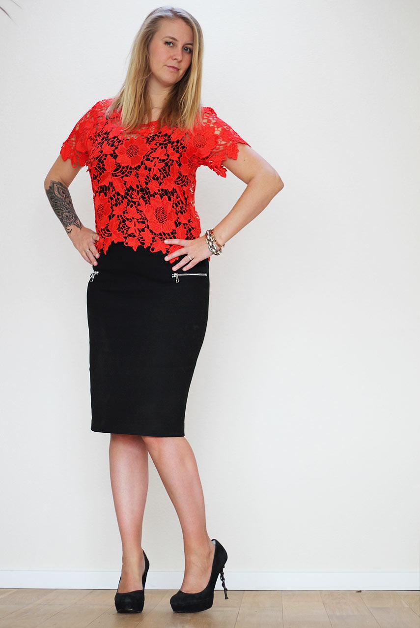zwarte kokerrok combineren - outfit
