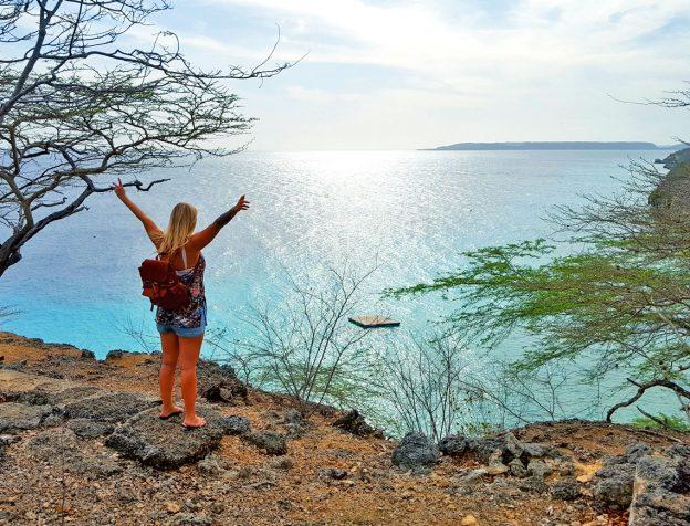 wandel route bij kokomo beach Curacao