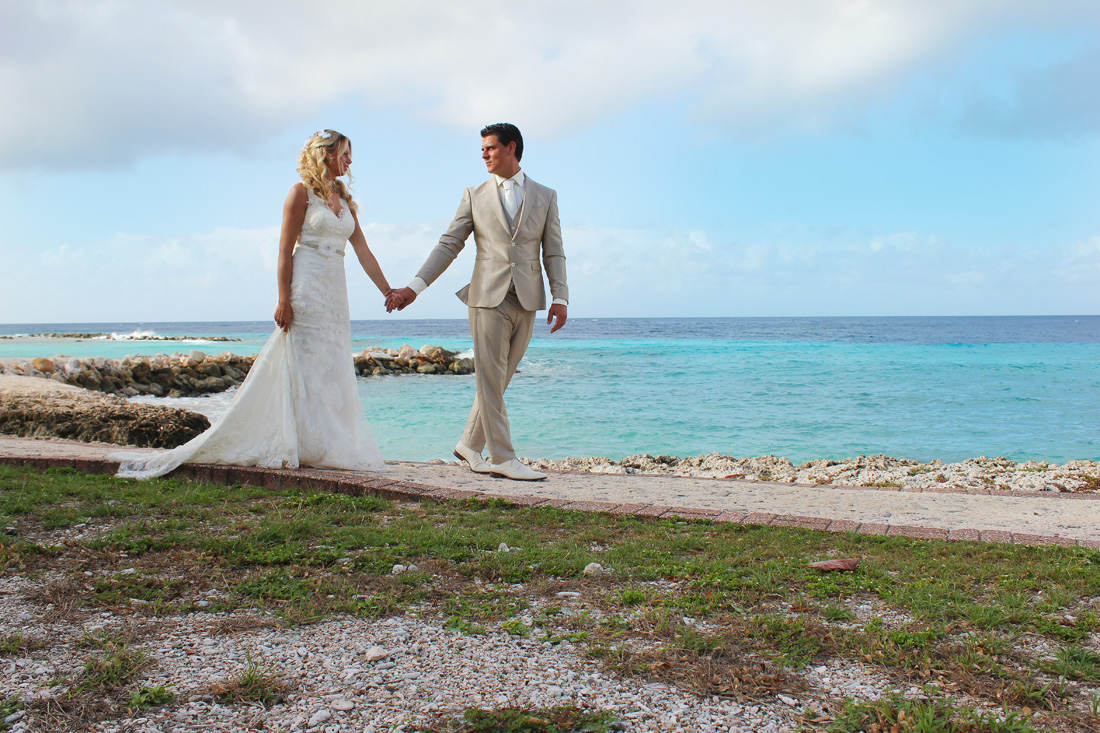 bruidsfotoshoot op curacao | trouw fotoshoot curacao