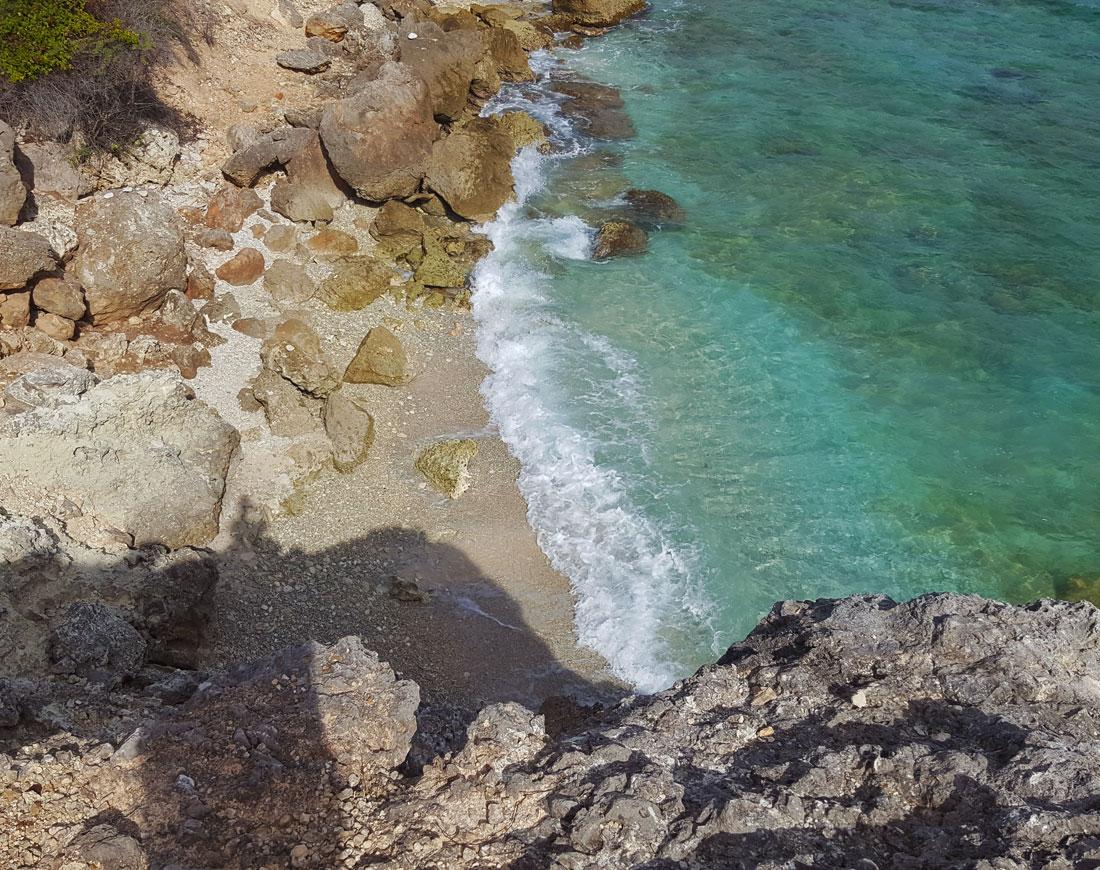 Loversbeach curacao | vrijgezellenbaai | verlaten strand Curacao