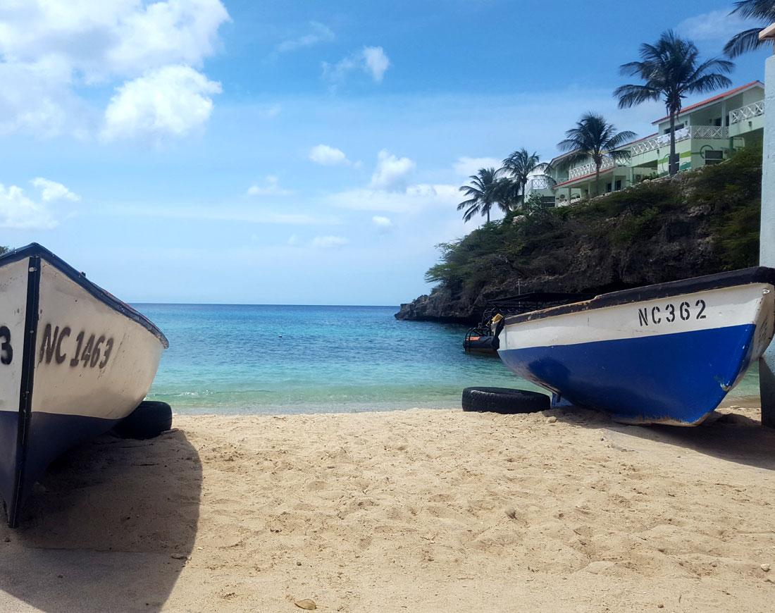 lagun beach Curacao