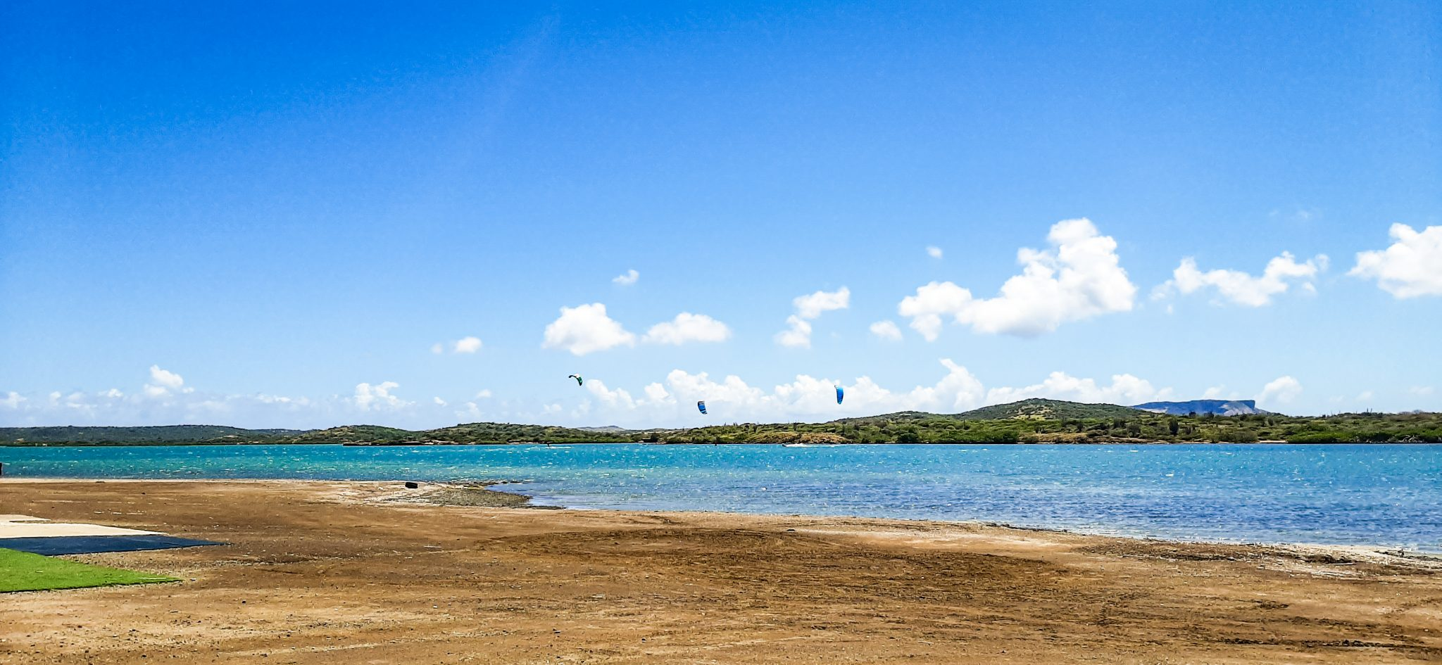 awa salu kiteboarding   Kitesurfen curacao